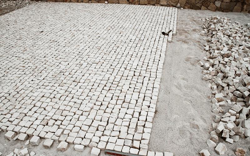 Como assentar a Pedra Portuguesa