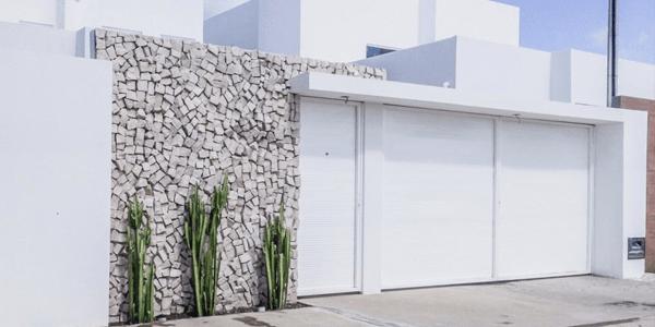 8 Motivos para apostar em muro com Pedra Portuguesa
