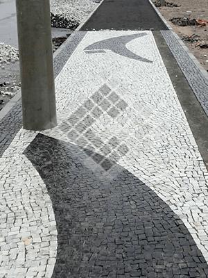 Mosaico Português feito pela Construbel Pedras