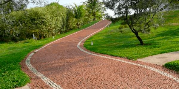 Caminhos de Pedra Portuguesa
