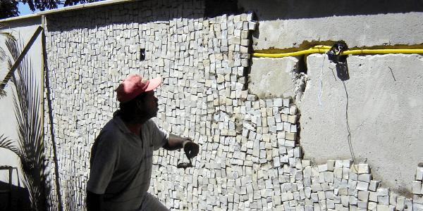Assentamento de Pedra Portuguesa em Paredes