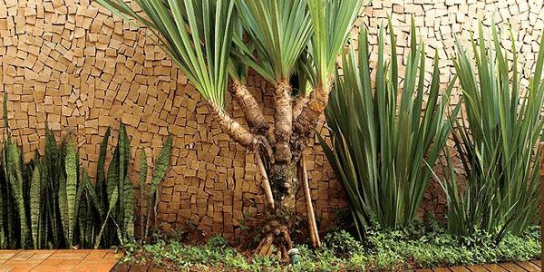 Muro de Jardim em Pedra Portuguesa Amarela