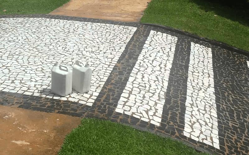 Truques de como limpar Pedra Portuguesa